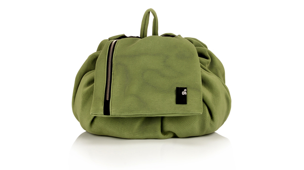 backpack-changing-green-babies