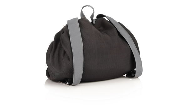 bag-changing-black-travel